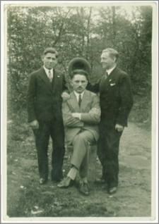 Antoni Jobke z przyjaciółmi