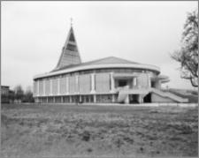 Rumia. Kościół pw. Najświętszej Maryi Panny Wspomożycielki Wiernych