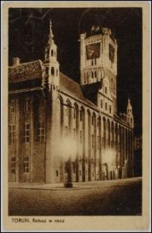 Toruń - Ratusz Staromiejski w nocy