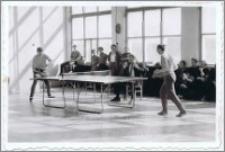 Zawody tenisa stołowego w 1977 r.